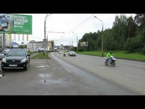 Старт комиссаров на закрытии мотосезона 2013 в Перми,