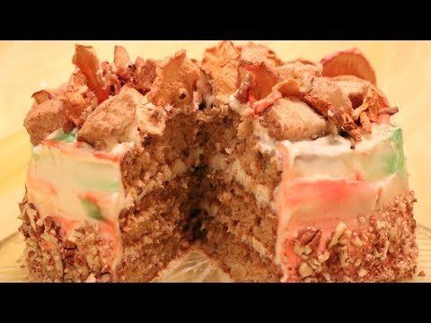 Caramel Pecan Apple Cake