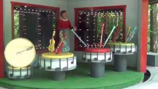 Mister Rogers Neighborhood of Make-Believe  Trolley Ride at Idlewild Park 2013 HD