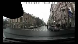 Idiot in crosswalk runs back into car