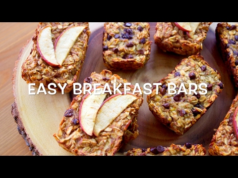 EASY BREAKFAST BARS // HEALTHY // FRUIT SWEETENED