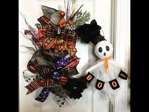 How to make a Halloween grapevine wreath quick and easy