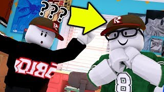 HOW TO CHANGE OUTFITS AS A GUEST IN ROBLOX!