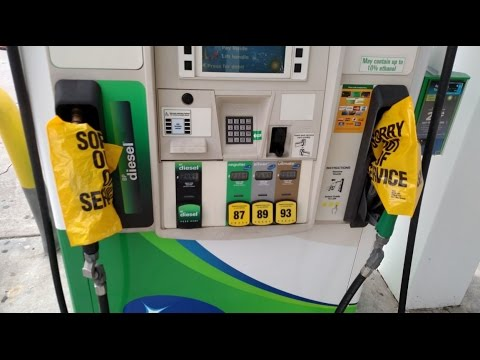 Gov. Deal issues executive order prohibiting gas price gouging