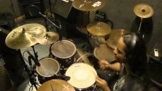 Fala galera! O vídeo dessa semana é de um dos bateristas mais criativos que já vi, Pat Torpey do Mr big. Espero que gostem!  Todos os vídeos Drum Cover deste canal são produzidos no Choque DB Studio - https://www.facebook.com/choquedbstud... Curtam também a minha página do Facebook - https://www.facebook.com/otasdrums   Hi Guys! The video of the week is from one of the most criative drummers I ever saw, Pat Torpey from Mr Big. Hope you enjoy it.