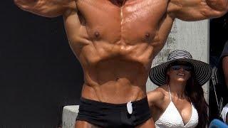 This Amateur Bodybuilder