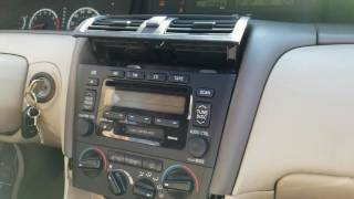 How to Remove Radio / CD player from Toyota Avalon 2001 for Repair.