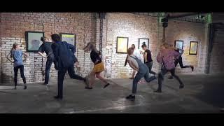 Tančení S Maruškou A Markem Ve Vnitroblocku - Vystoupení