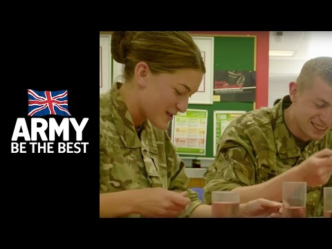 Female cadets - Training - Army Jobs