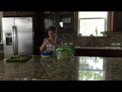 How to Freeze Grapes - Produce for Kids