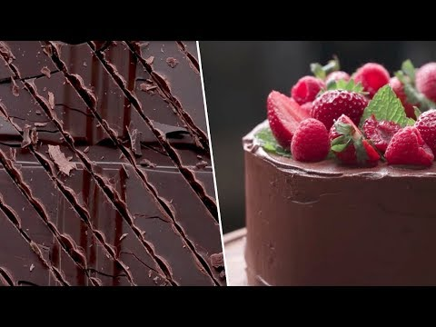 Ultimate Chocolate Cake Review- Buzzfeed Test #97