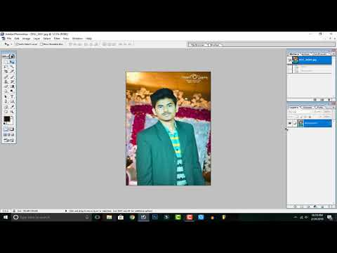 How to convert color Picture into Black in White in Photoshop 7.0 in Hindi / Urdu.