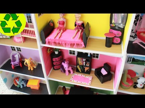 DIY |  Miniature Doll Bookcase with TP rolls + Mini Doll House Tour - Easy Doll Crafts
