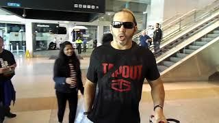 Meeting WWE SUPERSTARS at Airport KURT ANGLE, THE HARDYS, THE MIZ AND MORE!!!!!!!