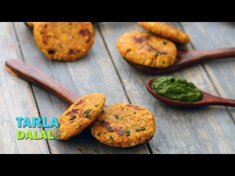 Oats Moong Dal Tikki (Healthy Snack) by Tarla Dalal