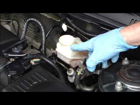 How to check and add brake fluid Toyota Corolla. Years 2002-2008