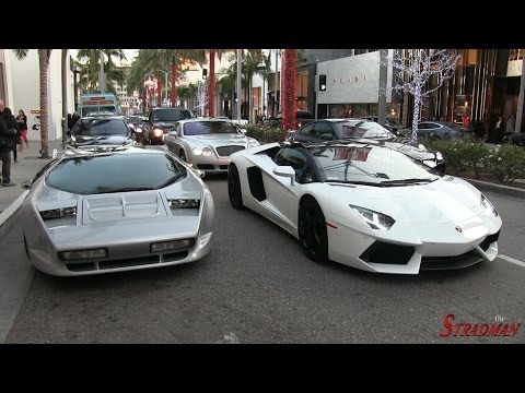 Vector W8 Twin Turbo spotted in Beverly Hills!