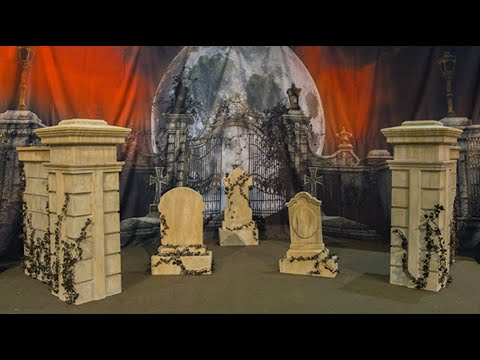 Columns & Walls For A Halloween Graveyard Scene