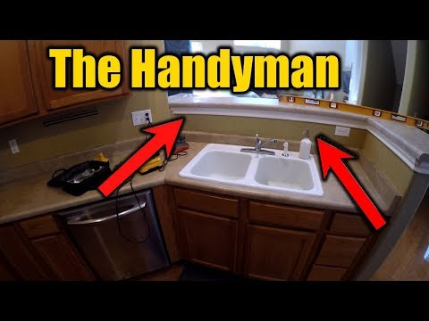 How To Cut Down A Split Level Kitchen Counter top | THE HANDYMAN |