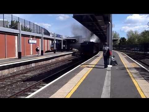 186 Departs Belfast Central for Lisburn
