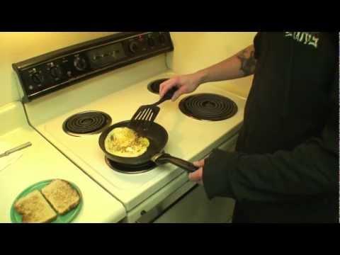 How to make a fried egg sandwich.