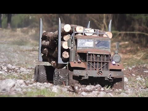 FATBETTY in Gettin' Wood. // Home made steel RC logging truck.