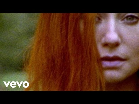 Tori Amos - Welcome To England