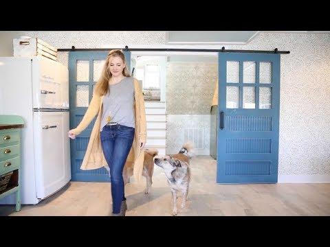 how to install a barn door