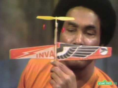 Classic Sesame Street - Gordon's Model Airplane
