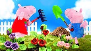 Download Свинка Пеппа и игрушки. Видео для детей, как Пеппа и Джордж сажают цветы и лепят куличики ФОРМОЧКИ Video