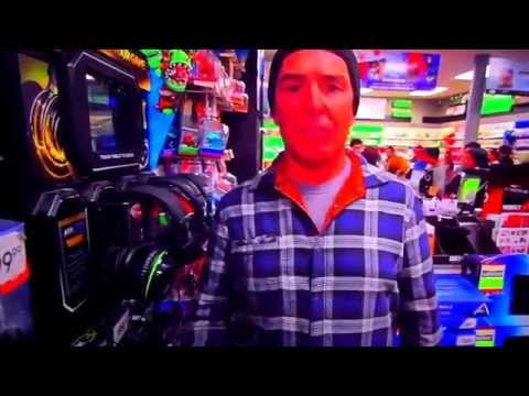 Nolan North hosts Call of Duty Advanced Warfare Day Zero Midnight launch Turtle Beach event