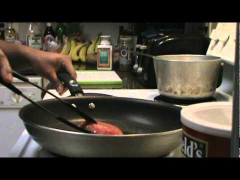 How to Cook a Medium Well Tuna Steak