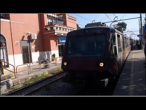 Italy! Taking the Train from Pompeii to Naples