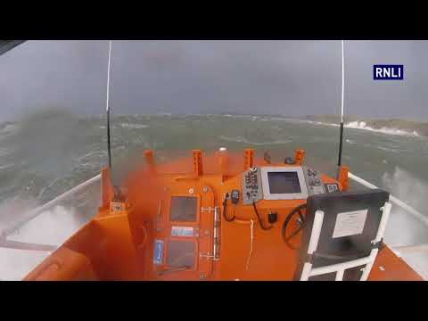 Tenby Lifeboat launched following a report of a person washed off rocks near Skrinkle