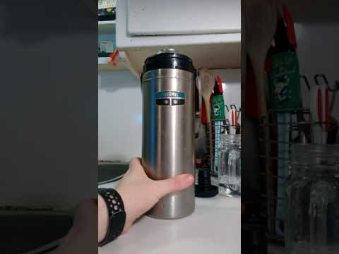 How to clean a Metal Thermos