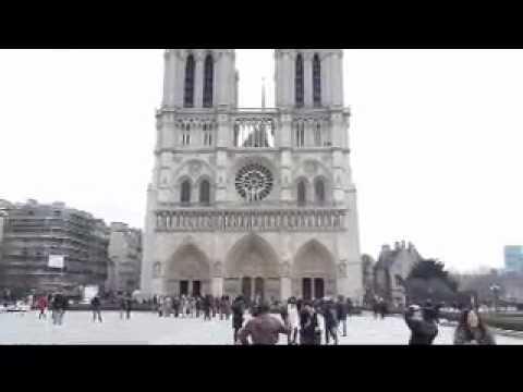 Kangatel at Notre Dame de Paris