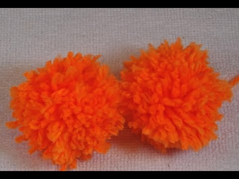 *HOW TO MAKE POMPONS WITH THE FINGERS-FAST AND EASY*