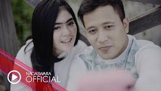 Abad 21 - Disaat Kau Rapuh (Official Music Video NAGASWARA) #music