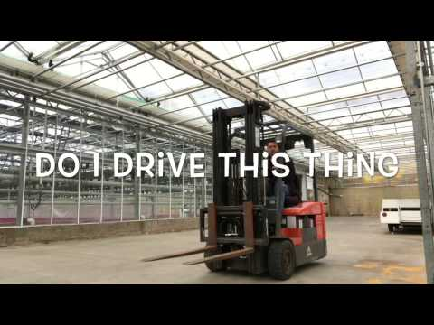 How to operate/drive a forklift