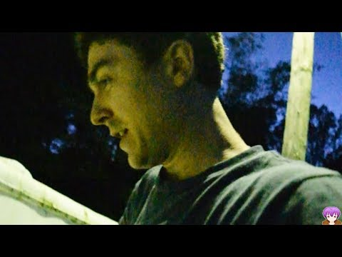 Repairing My House Roof - Chibi Vlog