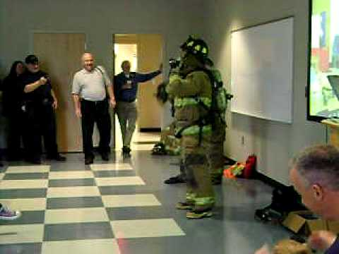 Firefighter quick Dress 58 seconds