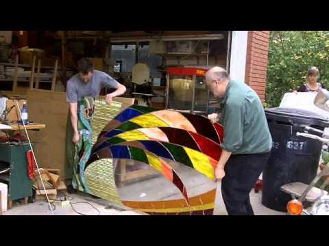 Handling Big Stained Glass Panels
