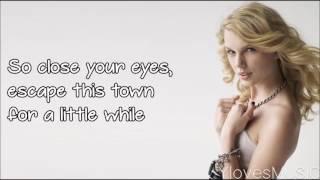 Taylor Swift - Love Story (Lyrics)