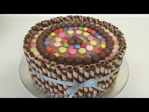 How To Make  A Wafer And Smarties And Maltesers And Mentos Cake !! طريقة تزيين كيك - by BluePearl