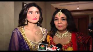 Ragini Khanna And Her Mother Looking Gorgeous At Beti Foundation Fashion Show 2016
