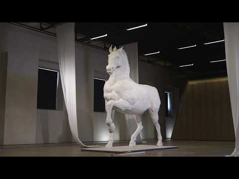 HORSE MONUMENT - 3D ROBOTIC CLAY CARVING CAST