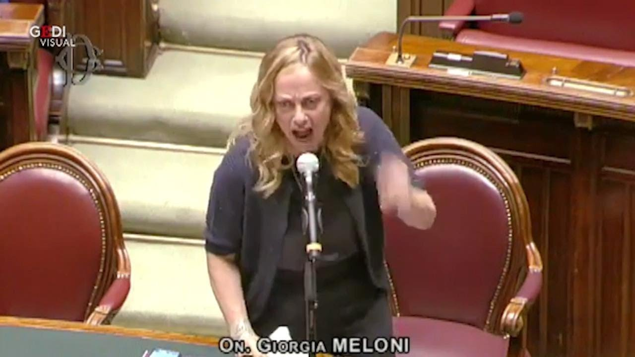 """Proroga stato di emergenza, Meloni furiosa a Conte: """"Pazzi irresponsabili, non vi daremo tregua"""""""