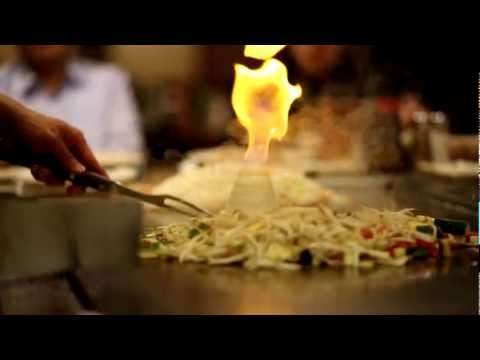 Hibachi Chef makes Onion Volcano of Fire with flames 60 frames/sec