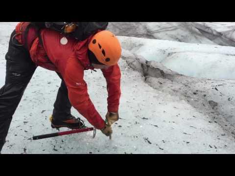 Iceland Vlog Day 4 & 5: Glacier Hike, KEF Airport, Leaving Iceland
