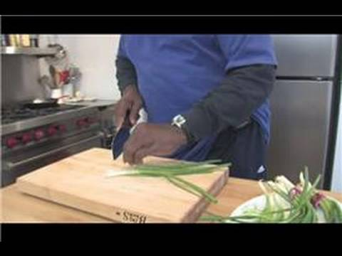 Cooking Lessons : How to Cut Scallions